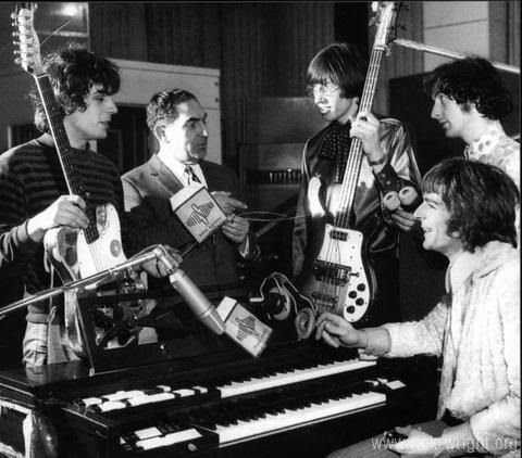 Pink Floyd in Studio (January,1967)